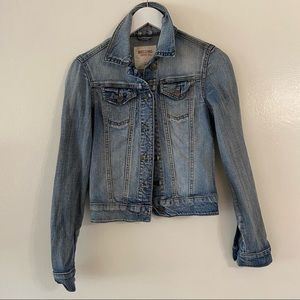 Mossimo Denim Jean Jacket Light Wash XS Broken In Button Up Front